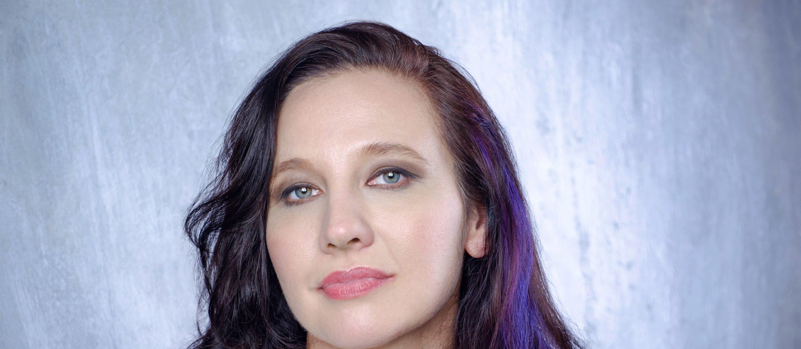 Natalie Nicole Gilbert Presents New Album 'Don't Blink'